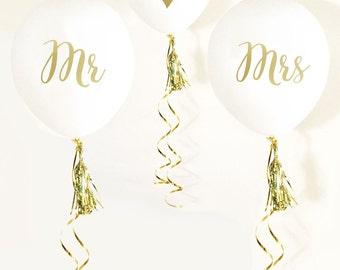 Mr. & Mrs. Ballons, Wedding Photo Props, Wedding Balloons, Engagement Party Decor, Gold Wedding Decor, Gold Bridal Shower, Wedding Reception