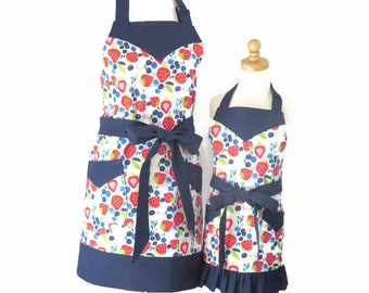 Mother & Daughter Strawberry Aprons, Mom and Daughter Matching Aprons, Strawberry Mommy and Me Aprons, Mom Apron and Matching Baby Bib