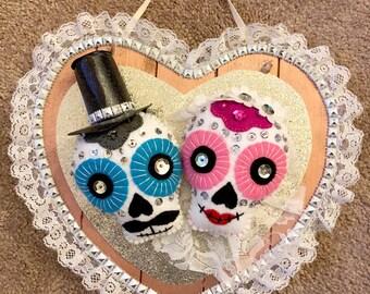 Los Novios (Newlyweds) Heart Wall Decor