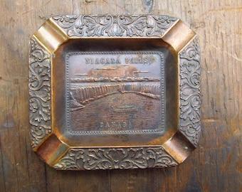 Vintage Niagara Falls Canada Metal Ashtray Trinket Dish - Souvenir from Niagara Falls