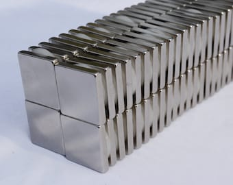 50 or 100 SQUARE MAGNETS 10mm x 10mm x 3 STRONGEST N38 Rare Earth Neodymium (56)