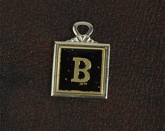 Key chain Initial Gold plated, sold by Initial  23mm x 23mm  1 each, 05227