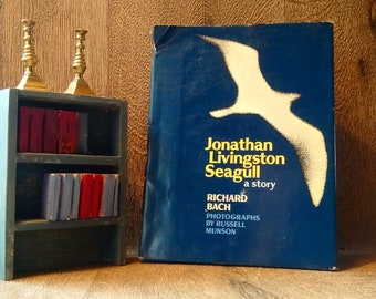 Very Rare!! Not Price Clipped British 1st Edition 1st Printing JONATHAN LIVINGSTON SEAGULL by Richard Bach // Collectible American Classic
