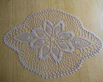 "Doily crochet oval ""Ardennes"""
