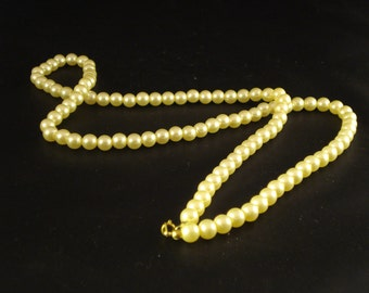 Pearl Necklace jewellery