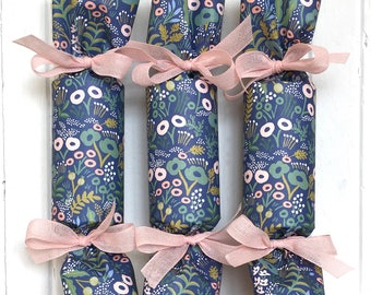 Blue Garden Party Cracker