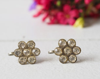Vintage Floral Earrings/ Vintage Earrings/ Vintage Jewelry/ Earrings/ 1950s Jewelry/ Antique Jewelries/rhinestone Earrings/ Retro Jewelry