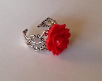 Red rose ring baroque