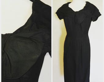 Clearance *** Gorgeous Black Vintage Dress with Oversized Collar