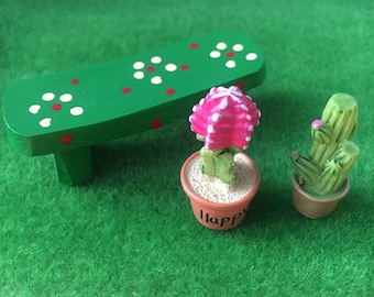 1/12 Miniature Garden Bench & Cactus Plants