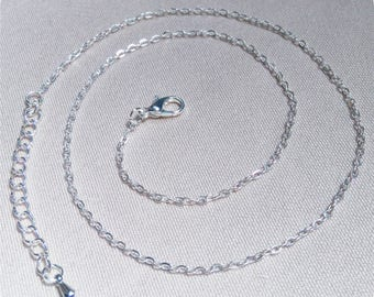 Mesh silver plated trace chain