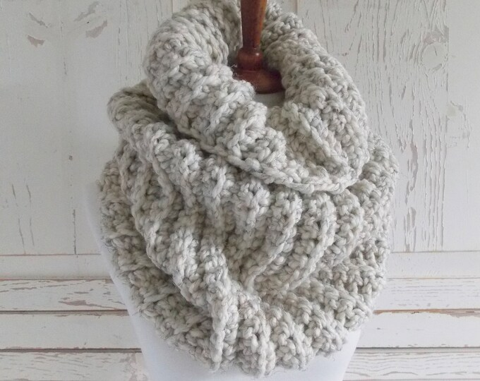 Featured listing image: Chunky Infinity Scarf Cowl + STYLE #1036 + Beach Sandd