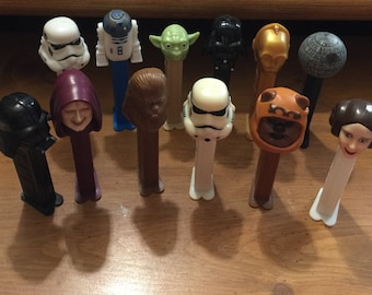 Vintage Star Wars Pez Candy Dispensers Qty of 12