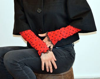 red cuff with dots
