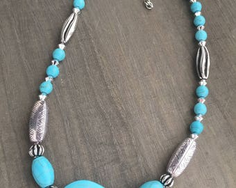 Turquoise Stone and Silver Beaded Necklace