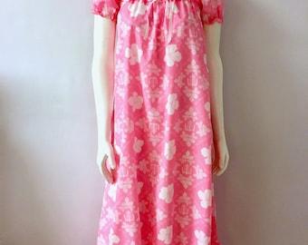 Vintage Women's 70's Hawaiian, Floral Dress, Hot Pink by Kealana (XS/S)