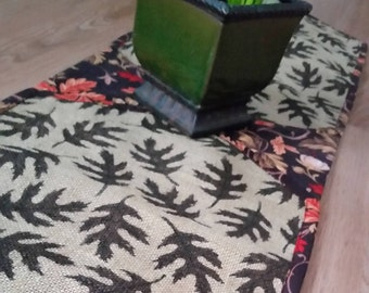 Fall Leaves Burlap Table Runner Centerpiece Reversible