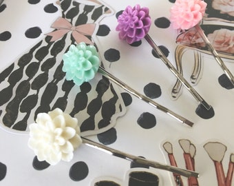 Stunning vintage dahlia planner clip perfect for any planner
