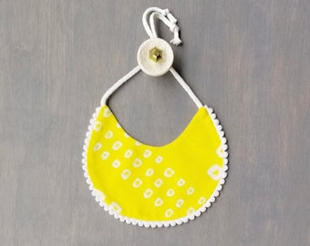 Aashna Reversible Bib in Yellow