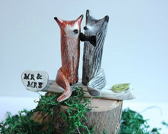 Wedding cake topper Fox and Wolf  - Fox - Wolf - Clay Fox and Wolf  - Woodland Cake Topper - Rustic Wedding Cake Topper - Animal topper