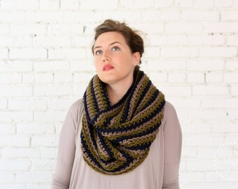 THE CORRUGATE COWL | 22 Color Choices | Chunky Knit Textured Infinity Cowl Scarf