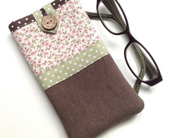 Glasses case - Spectacle case - Eyeglasses case - 'Vintage rose' Print - Fabric glasses pouch - Gift for mum