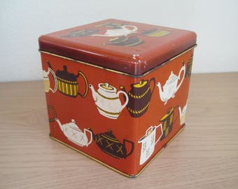 Vintage Tea Tin, Teapot Design