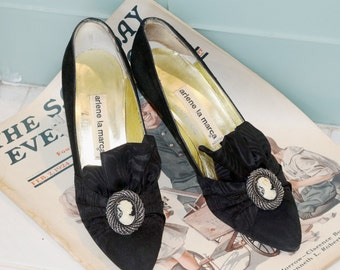 1930's Woman's Vintage Arlene La Marca Black Suede High Heel Shoes With Cameo Adornment Hand Made in Italy - Pumps Size 7