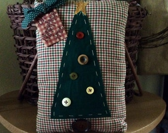 Small Christmas tree pillow