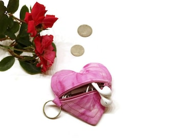 Earbud holder, pink heart purse, heart shaped pouch, small zipper pouch, small coin purse, earbud case, earbuds pouch, Valentine's gift
