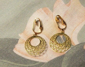 Lightweight Gold Hoop Clip On Earrings or Pierced
