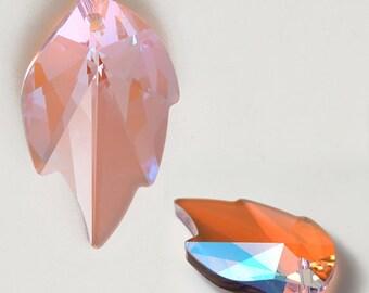 26mm Swarovski 6735/8805 Strass Crystal Leaf Pendant by 4 PCS, Bordeaux, Rosaline AB, Light Peridot