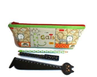 Trousse à crayons pour les élèves ou les maîtresses, en tissu rigide imperméable vart anis et coton chats