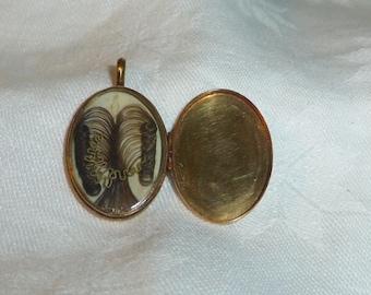 "Victorian Mourning or Hair Art, 14k Plain Gold Locket, 1"" x .75"" (19 x 26 mm)"
