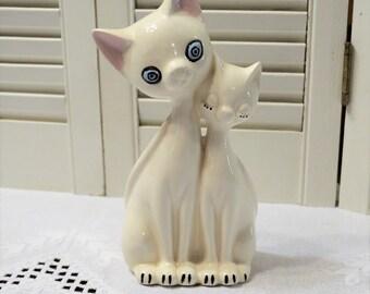 Vintage Ceramic Cat Statue White Hand Painted Tennessee Travel Souvenir Zombie Cat Crazy Cat Kitsch Decor PanchosPorch