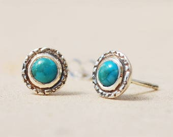 Small Round Stud Earrings, Sterling Silver and Turquoise stud earrings, Gift for sister, GIft for mother, Gift for daughter, Simple earrings