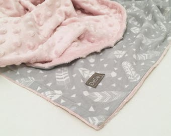 Feathers Baby Blanket, Minky Baby Blanket, Gray Feathers Print, Baby Blanket, Newborn Blanket
