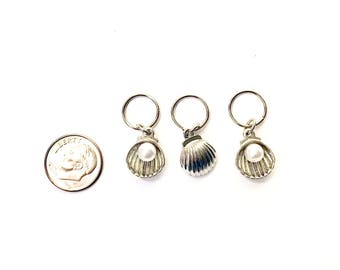 Clam Shell With Pearl Stitch Markers | Knitting Markers | Knitting Place Markers