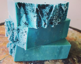 Blackberry Magnolia Candy Soap // Cold Process Handmade Soap // All Natural Ingredients Norishing Soap