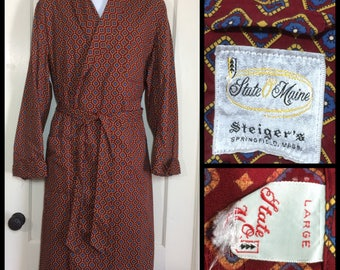 1950's cotton diamond patterned robe size large burgundy red blue yellow State O Maine barely used