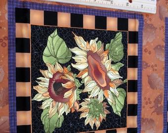 Tissu panneau «Prairie champ» tournesols blocs carrés ocre damier noir cadre en bordure de couleur violet - possibilités - Avlyn, Inc. - Poo