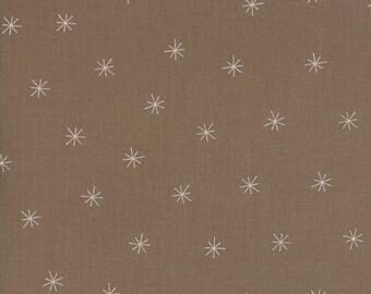 Merrily Snowy Stars in Cocoa Brown,  Gingiber, 100% Cotton, Moda Fabrics, 48213 29
