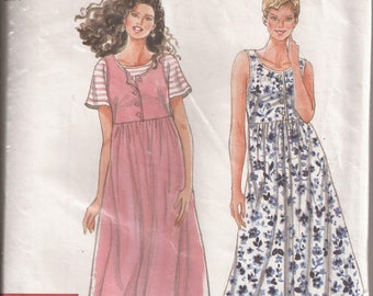 Simplicity It's So Easy 9581  Misses/Misses Petite Dress. Size A (XS,S,M,L,XL). Vintage 1995