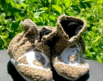 Baby Shoes: Booties