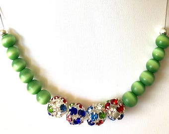 One of a kind green and sparkling beads necklace