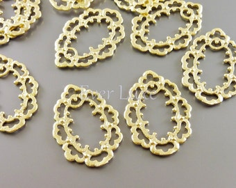2 Elegant floral lace frame pendants, matte gold brass charms, jewelry findings, jewelry jewellery supplies 1610-MG (matte gold, 2 pcs)