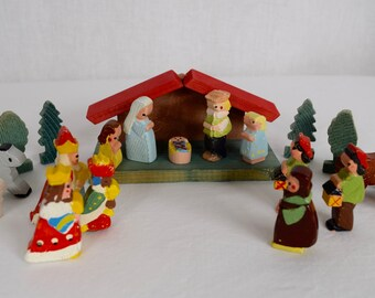 Vintage 1950's 60's 23 Piece Mid Century MCM Hand Painted Hand Carved Wooden CHRISTMAS Nativity Scene Holiday Toy Set - Made in Italy