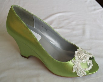 Wedge Apple Green w/ Lace Flower & Pearl Appliqué Shoes, Peep Toe Satin Heels, Wedding Shoes, Bridal Heels, Prom shoes, Mother of the Bride