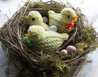 knitted Easter chick -Easter chick - Easter gifts - Easter egg cover - knitted chick - Easter egg hunt - wedding favours - Easter display