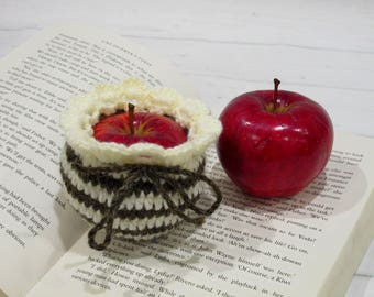 Apple Cozy Lunch Bag Fruit Jacket